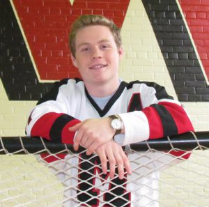 Malvern winger pursues hockey dream stateside