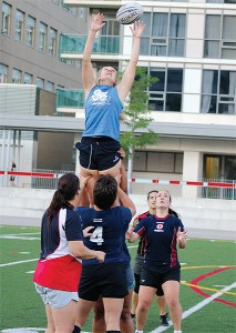 BRIAN BAKER/TOWN CRIER BIG STRETCH: Andrea Zubac and Jade Dillon lift Olivia Roberge during a line-out while Fiona Boyd, Sarah Mitchell and Pomme Corvellac look on during a Toronto Scottish women's practise at North Toronto Collegiate.