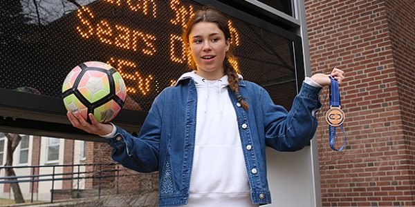Lawrence Park junior finds delicate balance between soccer, skiing